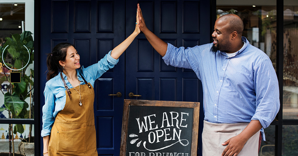 Ain't Openings Grand! Tips From 6 Franchisees on Making Them Sing
